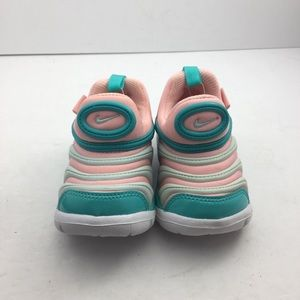 NWOB Nike Dynamo free TD toddler slip on shoe Sz5c